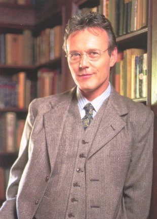 Rupert Giles, Watcher and ex-librarian
